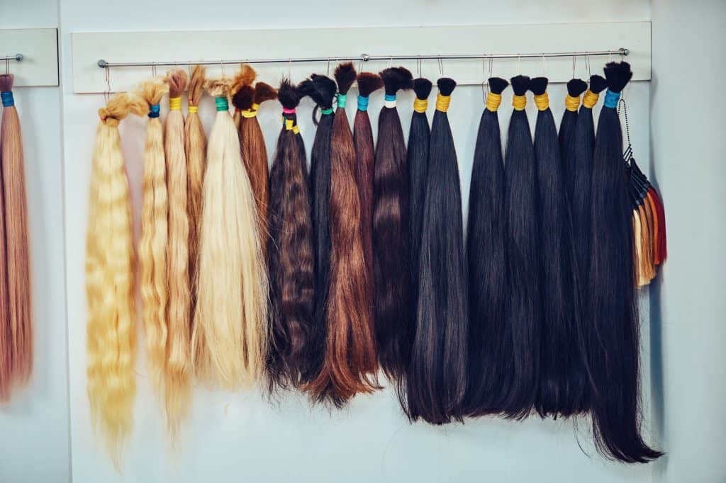 hair extensions with different colors and length